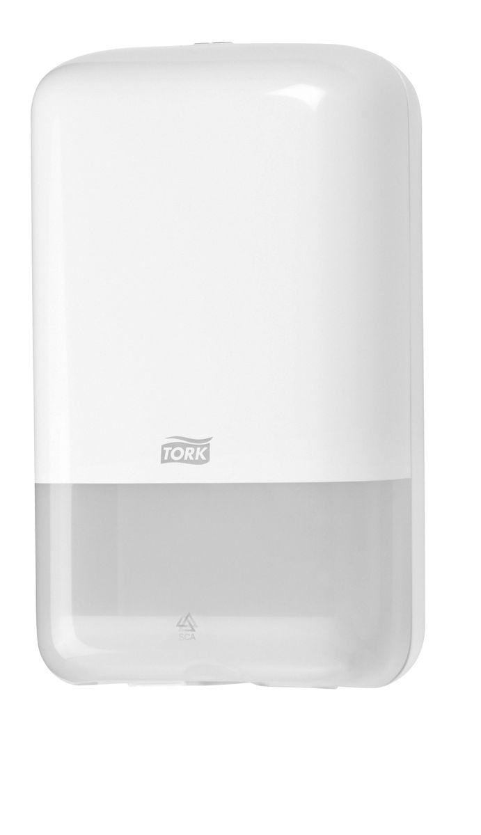 Диспенсер для туалетной бумаги Tork, цвет: белый. 55600020736Система Т3 - бумага в листахДиспенсер для листовой бумаги Tork Elevation идеально подходит для мест с низкой и средней проходимостью, таких как номерной фонд в отеле, туалет в ресторане или небольшом офисе.Компактный размер при большой вместимости.Гигиеничный полистовой отбор.Возможность дозаправки в любое время.Вмещает 2,5 пачки.
