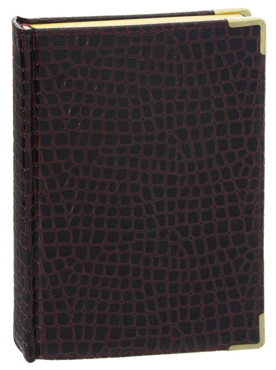 Listoff Записная книжка Iguana 120 листов в клетку72523WDЗаписная книжка Listoff Iguana - незаменимый атрибут современного человека, необходимый для рабочих и повседневных записей в офисе и дома. Обложка выполнена из высококачественной искусственной кожи, с прострочкой по периметру и поролоновой подкладкой. Записная книжка имеет трехсторонний золотой обрез и двойное ляссе. Книжка содержит 120 листов в клетку. Металлические закругленные углы защищают листы при активном использовании. Записная книжка Listoff Iguana станет достойным аксессуаром среди ваших канцелярских принадлежностей. Она пригодится как для деловых людей, так и для любителей записывать свои мысли, писать мемуары или делать наброски новых стихотворений.