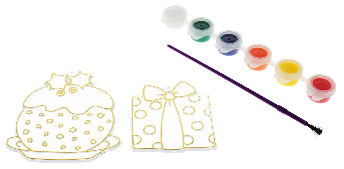 """C помощью набора для создания витража Centrum """"Подарок и кекс"""" ваш малыш сможет почувствовать себя настоящим художником и своими руками раскрасить оригинальный витраж с изображением новогодних украшений. В набор уже входит все необходимое: 2 пластиковые основы для витража, краски 6 цветов (белый, зеленый, синий, оранжевый, желтый, красный), кисть и золотистый шнурок. Процесс создания витража несложен и увлекателен, с ним сможет справиться даже ребенок. Аккуратно раскрасьте витраж красками так, как подскажет вам ваша фантазия, и дождитесь полного высыхания - для этого должно пройти не менее 12 часов. Великолепный витраж готов! Такой витраж станет предметом гордости малыша. Игры с набором для создания витража подарят вашему малышу массу удовольствия, и помогут развить мелкую моторику рук, аккуратность, усидчивость и художественный вкус. А готовый витраж станет оригинальным украшением для интерьера, а также прекрасным подарком на любой праздник."""