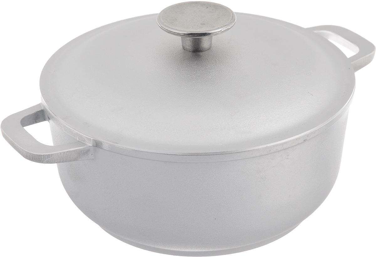 Кастрюля Биол с крышкой, 2 л94672Кастрюля Биол изготовлена из литого алюминия - 100% экологичного материала. Посуда равномерно распределяет тепло и обладает высокой устойчивостью к деформации, легкая и практичная в эксплуатации. Кастрюля снабжена алюминиевой крышкой и удобными ручками. Подходит для использования на электрических, газовых и стеклокерамических плитах. Не подходит для индукционных плит. Можно мыть в посудомоечной машине.Внутренний диаметр (по верхнему краю): 20 см. Высота стенки: 9,5 см. Ширина кастрюли (с учетом ручек): 27,5 см.