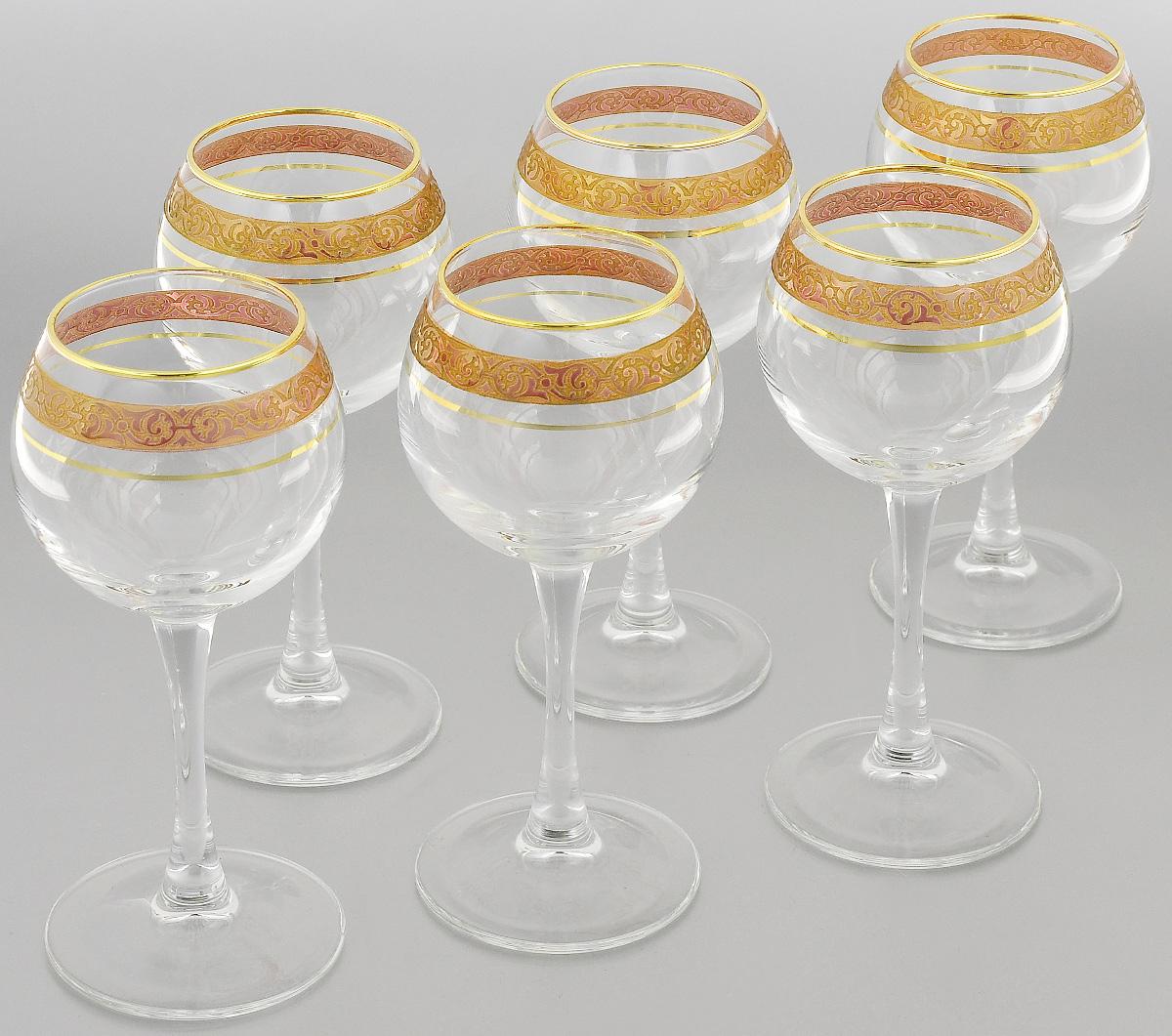 Набор фужеров Гусь-Хрустальный Махараджа, цвет: прозрачный, золотистый, розовый, 210 мл, 6 штVT-1520(SR)Набор Гусь-Хрустальный Махараджа состоит из 6 фужеров на изящных длинных ножках, изготовленных из высококачественного натрий-кальций-силикатного стекла. Изделия предназначены для подачи холодных напитков, вина и многого другого. Фужеры оформлены красивым зеркальным покрытием с матовым орнаментом. Такой набор прекрасно дополнит праздничный стол и станет желанным подарком в любом доме. Разрешается мыть в посудомоечной машине. Диаметр фужера (по верхнему краю): 5,5 см. Высота фужера: 17 см.