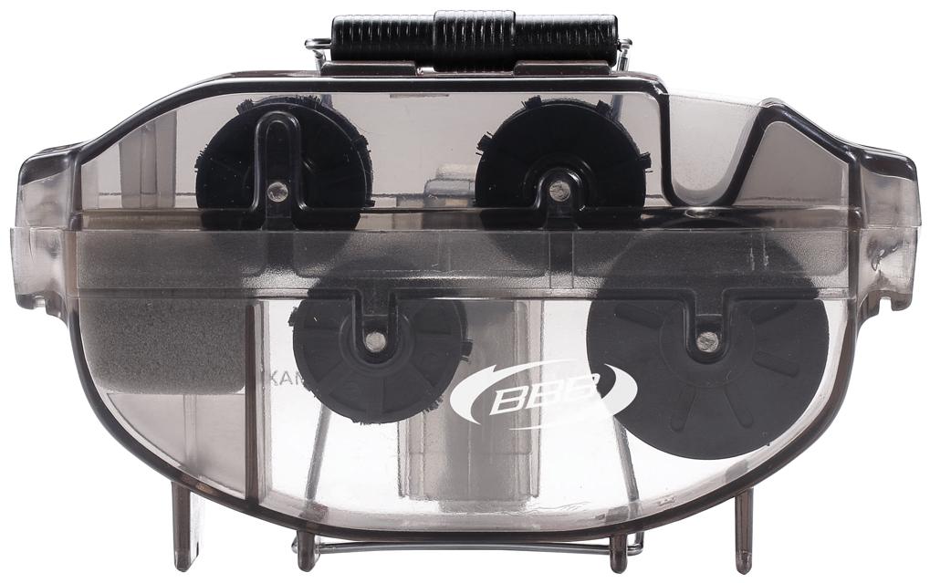 Мойка цепи BBB Bright&FreshBTL-21Современный инструмент BBB Bright&Fresh применяется для чистки цепи. Цепь снимать не требуется. Механизм плавного перемещения цепи. Инструмент изготовлен из нейлонового пластика, со сменными щетками.