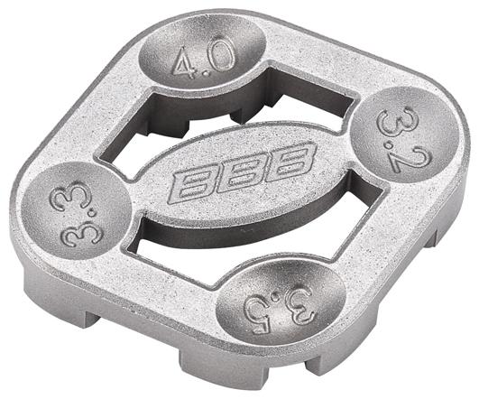Ключ спицевой BBB Turner II7292Компактный спицевой ключ BBB Turner II выполнен из высококачественной стали CrMo. Предназначен для установки и натягивания велосипедных спиц.Подходит для спиц диаметром: 3,2 мм, 3,3 мм, 3,5 мм, 4 мм.