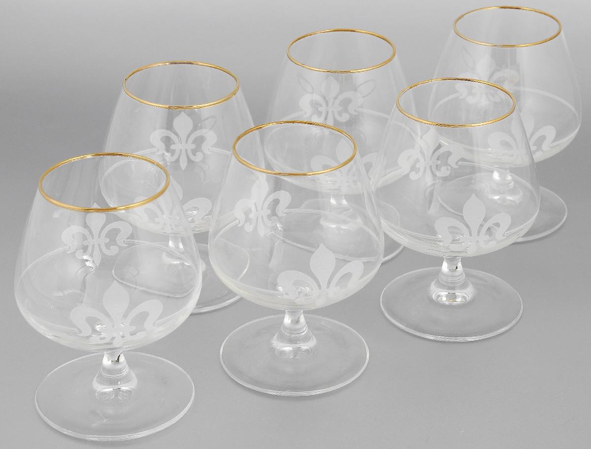 Набор бокалов для бренди Гусь-Хрустальный Королевская лилия, 410 мл, 6 штVT-1520(SR)Набор Гусь-Хрустальный Королевская лилия состоит из 6 бокалов на низкой ножке, изготовленных из высококачественного натрий-кальций-силикатного стекла. Изделия оформлены красивым зеркальным орнаментом и матовым узором. Бокалы предназначены для подачи бренди. Такой набор прекрасно дополнит праздничный стол и станет желанным подарком в любом доме. Диаметр бокала (по верхнему краю): 6,5 см. Высота бокала: 13 см. Диаметр основания бокала: 8 см.