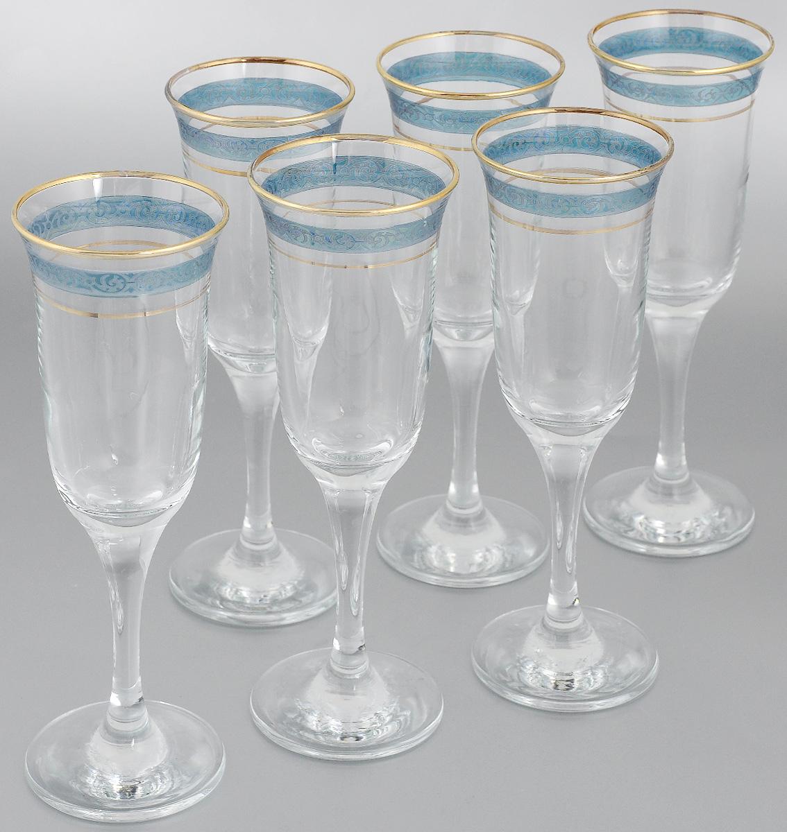 Набор бокалов Гусь-Хрустальный Махараджа, цвет: прозрачный, золотистый, синий, 210 мл, 6 штH9995Набор Гусь-Хрустальный Махараджа состоит из 6 бокалов на длинных ножках, изготовленных из высококачественного натрий-кальций-силикатного стекла. Изделия оформлены красивым зеркальным покрытием и матовым орнаментом. Такой набор прекрасно дополнит праздничный стол и станет желанным подарком в любом доме. Диаметр бокала (по верхнему краю): 7 см. Высота бокала: 22 см. Диаметр основания бокала: 7 см.