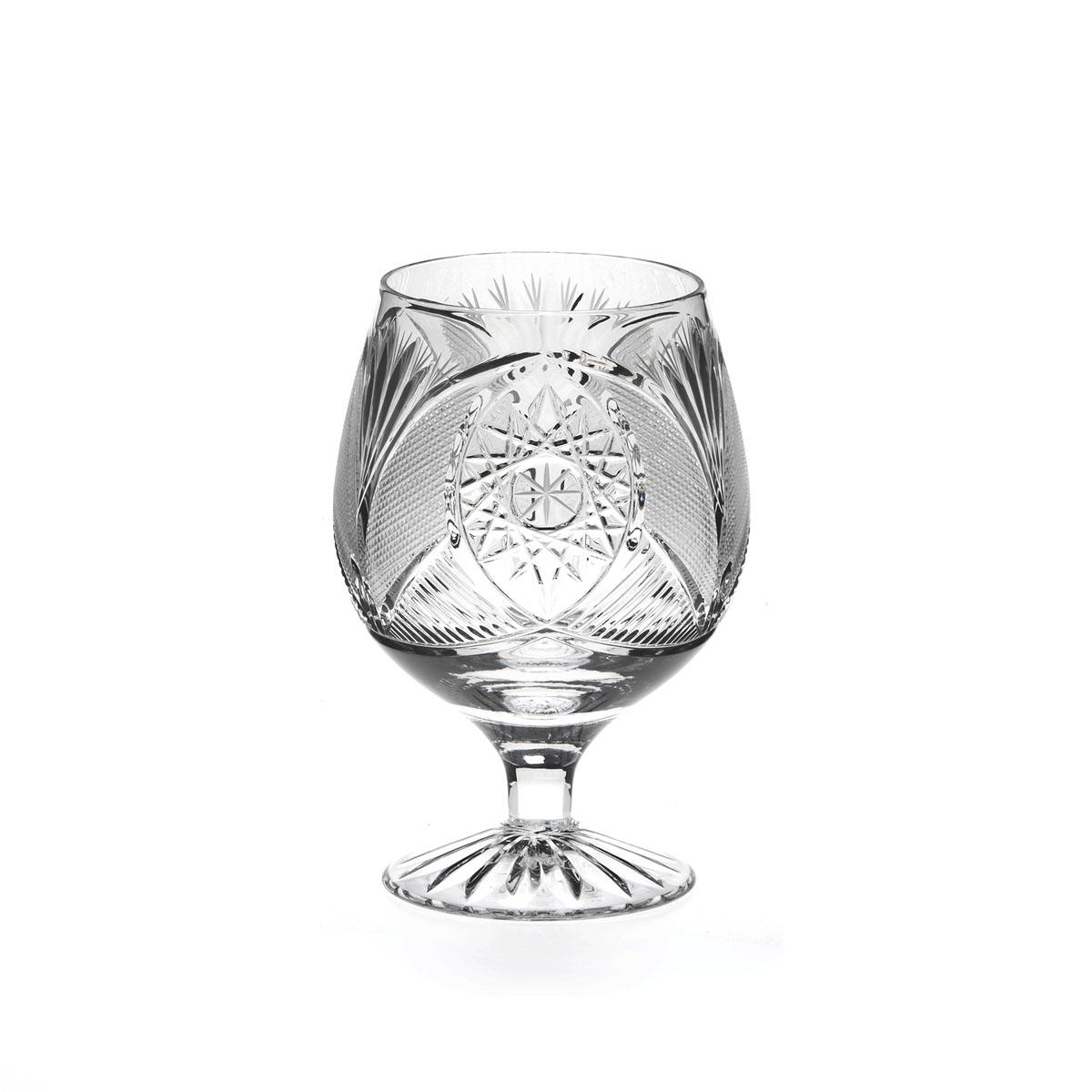 Рюмка Дятьковский хрусталь Совмин, 100 мл. С318/4VT-1520(SR)Хрустальные рюмки - пожалуй самая необходимая и прывичная часть посуды в каждом русском доме. Это посуда сугубо для алкогольных напитков. Вообще существует закономерность - чем крепче спиртной напиток, тем меньше объем рюмки, бокала или стопки. Хрустальные рюмки для водки - самые маленькие, а хрустальный рюмки для ликеров, коктейлей и вина - обычно больше.