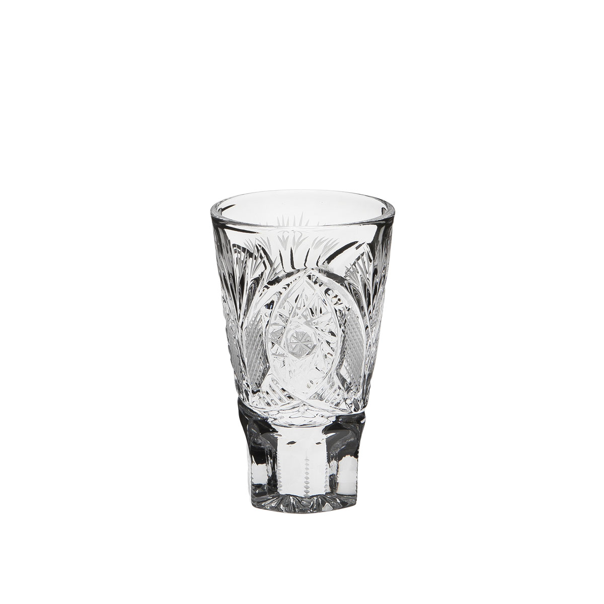 Стакан Дятьковский хрусталь Банкетный, 75 мл. С755/2VT-1520(SR)Хрустальные стаканы – красивое и простое решение для украшения праздничного стола. Стаканы из хрусталя универсальны, они подойдут и для алкогольных напитков – вина, шампанского, и для освежающих – минеральной воды, компота или сока. Если в вашей домашней коллекции еще нет предметов хрустальной посуды, купить хрустальные стаканы стоит обязательно.