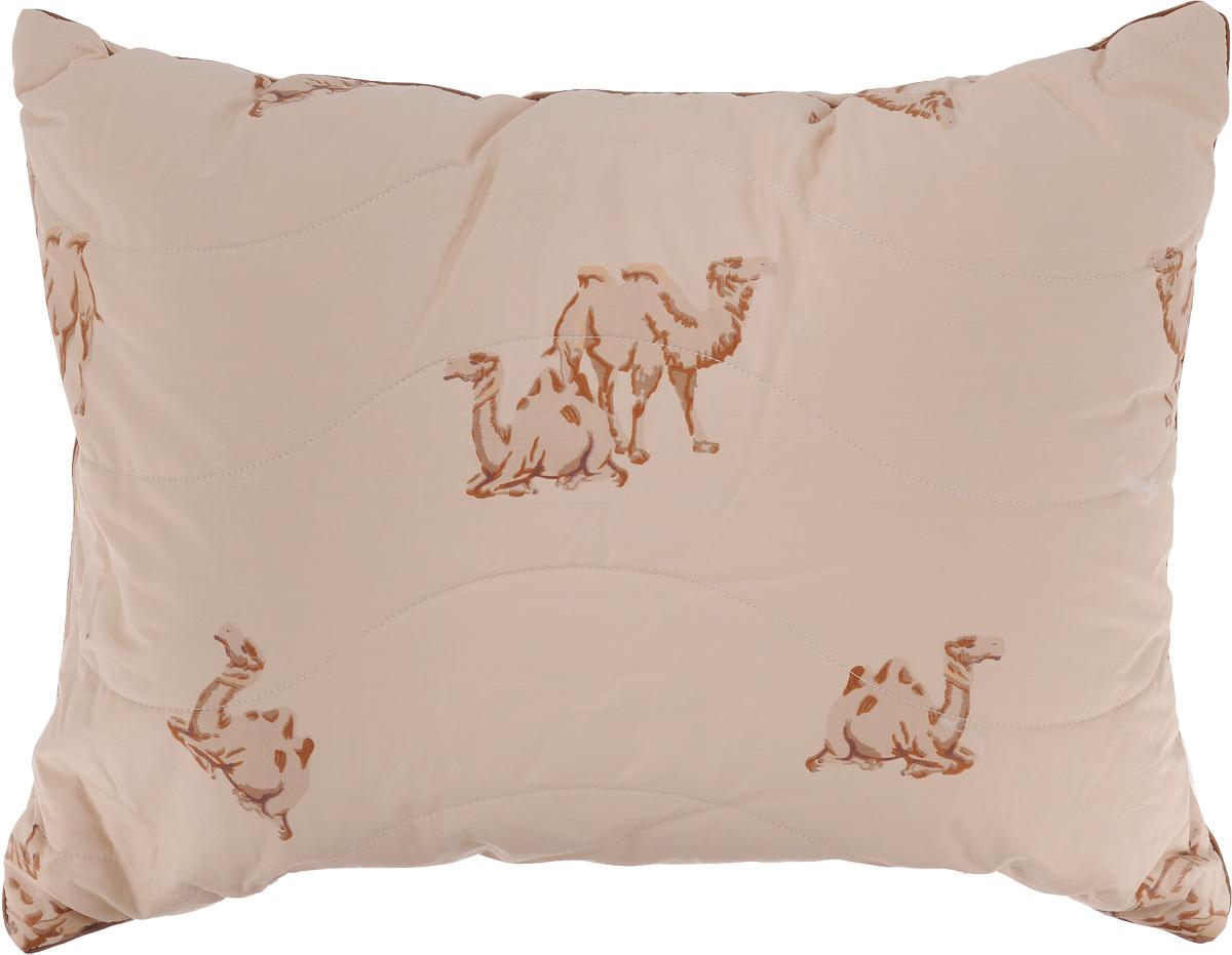 Подушка Легкие сны Верби, наполнитель: верблюжья шерсть, 50 x 68 см68/5/3Подушка Легкие сны Верби поможет расслабиться, снимет усталость и подарит вам спокойный и здоровый сон. Изделие обеспечит комфортную поддержку головы и шеи во время сна.Верблюжья шерсть является прекрасным изолятором и широко используется как наполнитель для постельных принадлежностей. Шерсть обладает отличными согревающими свойствами и способна быстро поглощать влагу, поэтому производимое верблюжьей шерстью целебное тепло называют сухим. Чехол подушки выполнен из прочного тика (100% хлопок) с рисунком в виде верблюдов. Это натуральная ткань, отличающаяся высокой плотностью, она устойчива к проколам и разрывам, а также отличается долговечностью в использовании. Чехол приятен к телу и надежно удерживает наполнитель внутри подушки. По краю подушки выполнена отделка атласным кантом коричневого цвета. Рекомендуется химчистка. Степень поддержки: средняя.