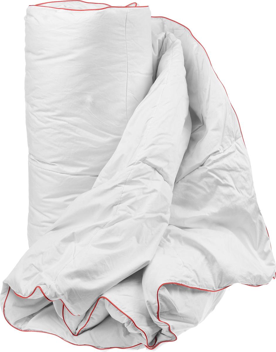 Одеяло легкое Легкие сны Desire, наполнитель: гусиный пух категории Экстра, 140 x 205 см012H1800Легкое одеяло Легкие сны Desire поможет расслабиться, снимет усталость и подарит вам спокойный и здоровый сон. Одеяло наполнено серым гусиным пухом категории Экстра. Кассетное распределение пуха способствует сохранению формы и воздушности изделия. Легкое пуховое одеяло - универсальный вариант на осень, весну и лето. Облегченное исполнение гарантирует воздушность и терморегуляцию. Одеяло позволяет коже дышать, обеспечивая здоровый сон и полное восстановление сил на утро. Чехол одеяла выполнен из батиста. Это натуральная хлопчатобумажная ткань, отличающаяся высокой плотностью, идеально подходит для пухо-перовых изделий, так как устойчива к проколам и разрывам, а также отличается долговечностью в использовании. Одеяло можно стирать в стиральной машине при температуре 30°C.