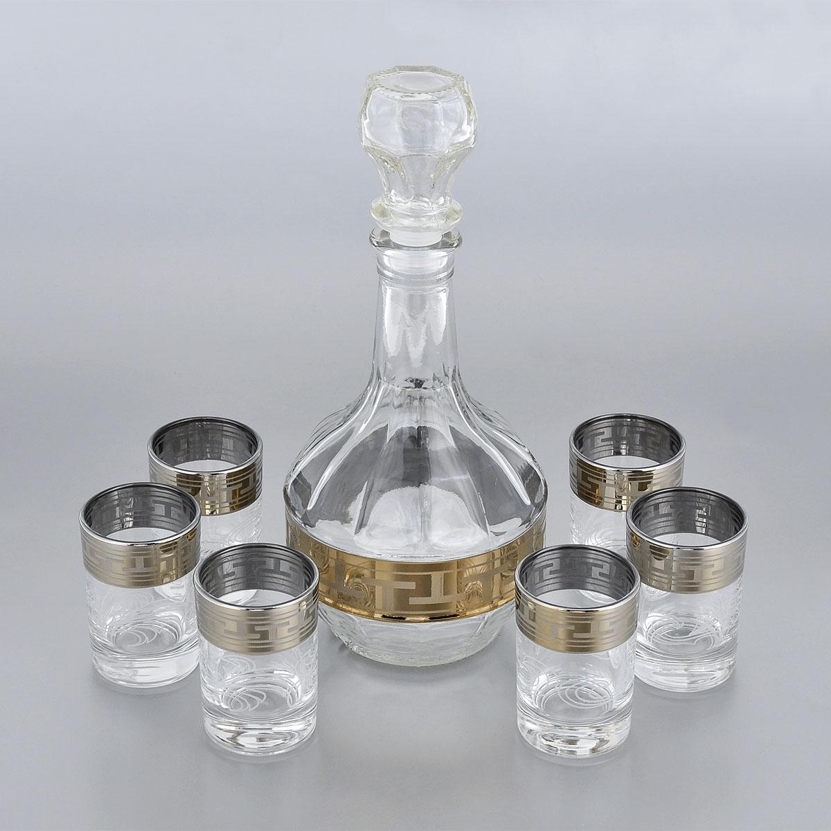 Набор стопок Гусь-Хрустальный Греческий узор, с графином, 7 предметовSC-FD421004Набор Гусь-Хрустальный Греческий узор состоит из шести стопок и графина, изготовленных изпрочного натрий-кальций-силикатного стекла. Изделия, предназначенные для подачи водкии других спиртных напитков, несомненно придутся вам по душе. Рюмки и графин сочетают в себе элегантный дизайн ифункциональность.Набор стопок Гусь-Хрустальный Греческий узор идеально подойдет для сервировки стола истанет отличным подарком к любому празднику.Диаметр стопки: 4,5 см. Высота стопки: 7 см.Объем стопки: 60 мл.Высота графина: 23,5 см.Объем графина: 500 мл.Уважаемые клиенты! Обращаем ваше внимание на незначительные изменения в дизайне товара, допускаемые производителем. Поставка осуществляется в зависимости от наличия на складе.