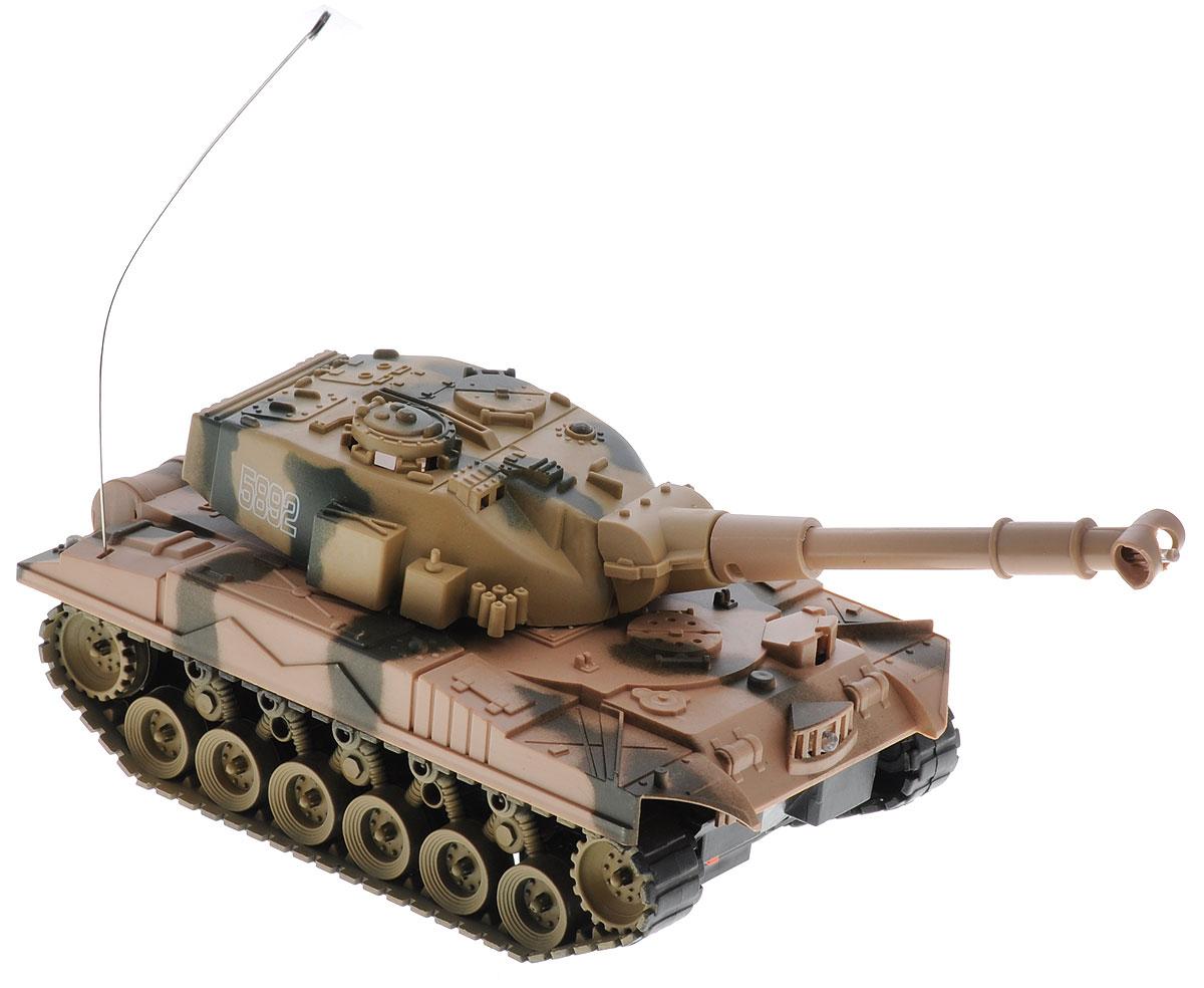 Радиоуправляемый танк, ABtoys, C-00115. Такой танк станет желанным подарком любого мальчишки, который просто не сможет пройти мимо него. Такая модель игрушечного радиоуправляемого танка может передвигаться вперед и назад, поворачивать в левую и в правую сторону, а также разворачиваться на месте на 360 градусов. Танк имеет интересные световые эффекты.