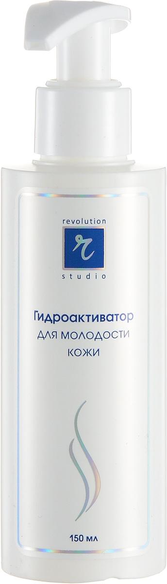 R-Studio Гидроактиватор для молодости кожи 80 млFS-00897Позволяет добиться быстрого и стойкого омолаживающего и оздоравливающего эффекта благодаря высокому содержанию в нем активных веществ: гиалуроновой кислоты, плаценты, комплекса лактопротеинов, витаминов Е и С, натуральных масел и растительных экстрактов.При использовании комплекса восстанавливается водный баланс и поврежденный эпидермис, укрепляются эластичные ткани и активизируется жизнедеятельность клеток кожи. Тем самым, устраняется сама причина возникновения морщинВ чем же секрет эффективности? Это использование в высоких концентрациях препаратов, максимально родственных нашей коже:гиалуроновая кислота - защищает кожу от вредных факторов окружающей среды. Оказавшись на поверхности кожи, образует на ней тонкое прозрачное покрытие, которое не мешает коже дышать и избавляться от шлаков, но при этом надежно защищает ее от мелких повреждений, грязи и микроорганизмов. Одновременно гиалуроновая кислота снижает трансэпидермальную потерю воды, обеспечивает восстановление водного баланса, стимулирует деление клеток кожи и синтез коллагенакомплекс лактопротеинов играет важную роль в энергообеспечении мышечной ткани, стимулирует деление эпителиальных клеток и фибропластов, воздействует на иммунную систему кожи и активизирует ее собственную антиоксидантную систему;плацента контролирует скорость деления и направление дифференцировки клеток эпидермиса, содержит факторы роста и другие биорегуляторы, которые регулируют синтез биологических молекул и изменяют скорость и направление иммунных реакций кожи;витамины Е и С являются наиболее важными биологическими внеклеточными антиоксидантами, предохраняют от окисления целый ряд биологически активных веществ;растительные экстракты - это природные сбалансированные смеси биологически активных веществ, которые обладают многосторонним действием. Экстракты содержат фитоэстрагены, вещества по своей структуре напоминающие эстрогены человека:фитоэстрогены усиливают синтез коллагена, норм