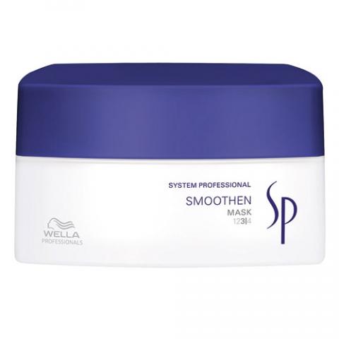 Wella SP Маска для гладкости волос Smoothen Mask, 200 млFS-00897Маска для гладкости волос Wella SP Smoothen Mask действует буквально за пять минут, контролируя непослушные волосы. Сглаживающая маска обеспечивает интенсивное и успокаивающее лечение грубых волос, прекрасно распутывает волосы, оставляя их эластичными. Одним из важнейших компонентов маски является активный кашемировый комплекс для тщательного контроля и ухода за жесткими волосами, который придает им роскошный вид и восхитительную эластичность.