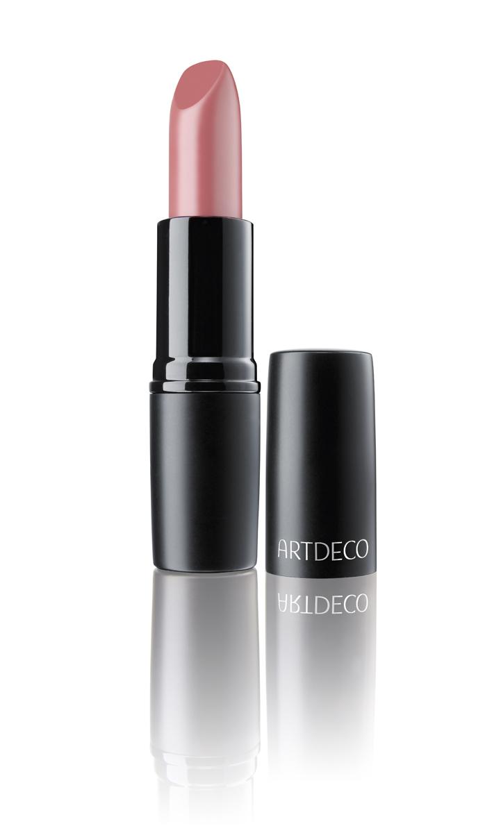 Artdeco Помада для губ матовая стойкая Perfect Mat Lipstick 165 4 г28032022Устойчивая помада с матовой текстурой - модный эффект и безупречный макияж губ весь день! Благодаря воскам в составе, помада идеально наносится, равномерно распределяется и не растекается за контуры губ. Интенсивный цвет и бархатная матовая текстура помогают создать яркий и соблазнительный макияж губ.