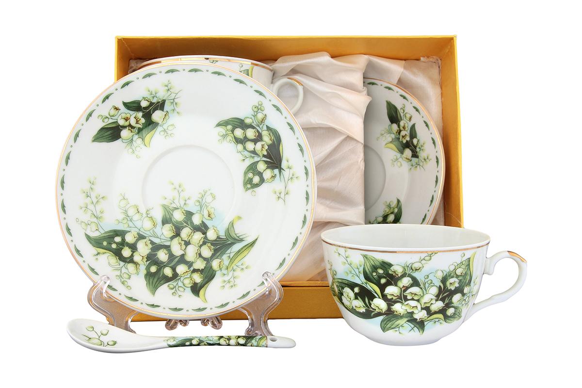 Чайная пара Elan Gallery Ландыши, 4 предмета с ложкамиVT-1520(SR)Великолепный чайный набор на 2 персоны станет шикарным подарком. В комплекте 2 чашки объемом 250 мл, 2 блюдца, 2 ложечки. Изделие имеет подарочную упаковку, поэтому станет желанным подарком для ваших близких! Размеры: 105x60x95 мм, 145x145x20 мм.