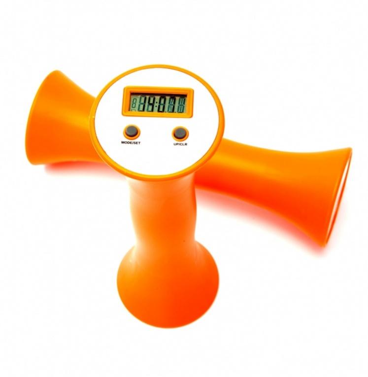 Гантели со счетчиком повторений Bradex Изи Фитнес, 0,65 кг, 2 штSF 0085Сильные руки, подтянутые и рельефные плечи и предплечья, крепкая спина – всего этого легко добиться, делая упражнения с гантелями со счетчиком повторений Bradex Изи Фитнес. Однако, используя гантели в качестве утяжелителей, вы сможете увеличить эффективность упражнений для укрепления мышц ног, бедер, ягодиц, пресса и поясницы. Bradex Изи Фитнес – это гарантия одинаковой нагрузки на мышцы. Благодаря встроенному счетчику, вы будете уверены, что не собьетесь со счета, тем самым нарушив симметричность нагрузки. Преимущества: Удобная форма гантелей Нескользящее покрытие Встроенный счетчик повторений Эргономичный дизайн Просты в использовании Работают от одной батарейки CR2032 Срок работы до замены батареек до двух лет Масса каждой гантели 0,65 кг.