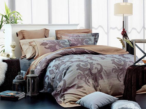 Комплект белья Arya Margaret, 2-спальный, наволочки 50x70, цвет: бежевый1515150000198Роскошный комплект постельного белья Arya Margaret состоит из пододеяльника, простыни и четырех наволочек, выполненных из жаккарда и сатина. Жаккард - это ткань с уникальным рисунком, который создают на специальном станке. Из-за сложного плетения эта ткань довольно жесткая, поэтому используют ее только для верхней стороны пододеяльника и наволочек. Хлопковый жаккард соединяет в себе все плюсы натуральной ткани и сложного плетения: хорошо впитывает влагу, дышит, долговечен и прочнее любой ткани, кроме натурального шелка. В сатине высокой плотности нити очень сильно скручены, поэтому ткань гладкая и немного блестит. Комплект из плотного сатина прослужит дольше любого другого хлопкового белья. Благодаря такому комплекту постельного белья вы создадите неповторимую атмосферу в вашей спальне.