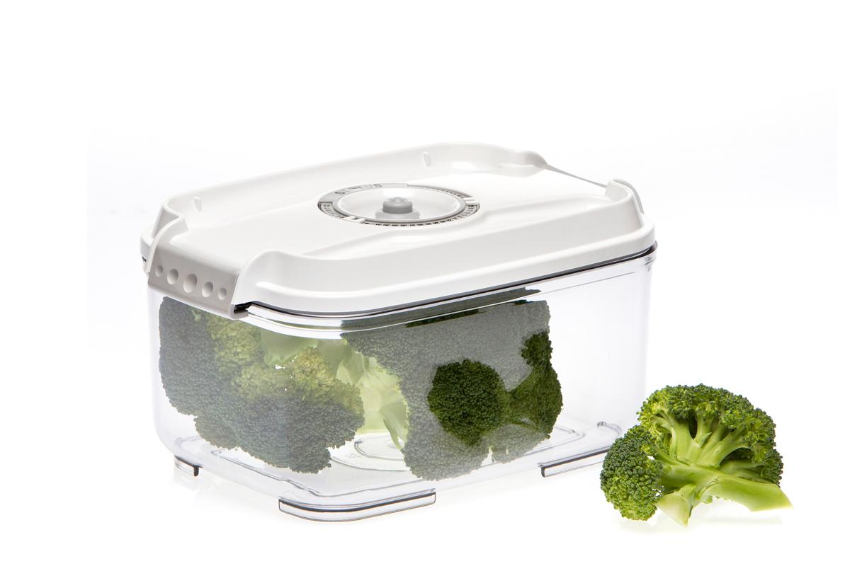 Контейнер вакуумный Status, цвет: прозрачный, белый, 2 л4630003364517Вакуумный контейнер Status рекомендован для хранения следующих продуктов: фрукты, овощи, хлеб, колбасы, сыры, сладости, соусы, супы.Благодаря использованию вакуумных контейнеров, продукты не подвергаются внешнему воздействию и срок хранения значительно увеличивается. Продукты сохраняют свои вкусовые качества и аромат, а запахи в холодильнике не перемешиваются.Контейнер изготовлен из прочного хрустально-прозрачного тритана. На крышке - индикатор даты (месяц, число).Допускается замораживание (до -21 °C), мойка контейнера в посудомоечной машине, разогрев в СВЧ (без крышки).Объем контейнера: 2 л.Размер: 22,5 x 15,5 x 11,5 см.