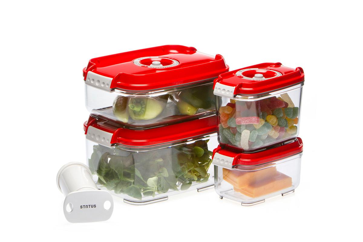 Набор вакуумных контейнеров Status, цвет: прозрачный, красный, 4 шт, + ПОДАРОК: вакуумный насос StatusVT-1520(SR)Набор вакуумных контейнеров Status рекомендован для хранения следующих продуктов: фрукты, овощи, хлеб, колбасы, сыры, сладости, соусы, супы.Благодаря использованию вакуумных контейнеров, продукты не подвергаются внешнему воздействию и срок хранения значительно увеличивается. Продукты сохраняют свои вкусовые качества и аромат, а запахи в холодильнике не перемешиваются.Контейнеры изготовлены из прочного хрустально-прозрачного тритана. На крышке - индикатор даты (месяц, число).Допускается замораживание (до -21 °C), мойка контейнера в посудомоечной машине, разогрев в СВЧ (без крышки).Объем контейнеров: 0,5; 0,8; 1,4; 2,0 л.Вакуумный насос Status станет отличным дополнением к набору аксессуаров и принадлежностей для кухни. Прибор практичен и удобен в использовании, помогает сохранить свежесть продуктов и увеличить их срок хранения. Такой эффект достигается путем создания внутри контейнеров вакуума, который приостанавливает размножение в продуктах бактерий и плесневых грибов.