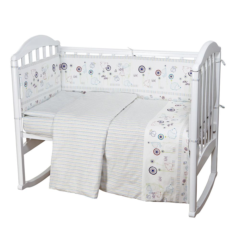 Baby Nice Комплект в кроватку Ежик цвет белыйRC-100BPCКомплект в кроватку Baby Nice Ежик для самых маленьких должен быть изготовлен только из самой качественной ткани, самой безопасной и гигиеничной, самой экологичной и гипоаллергенной. Отлично подходит для кроваток малышей, которые часто двигаются во сне. Хлопковое волокно прекрасно переносит стирку, быстро сохнет и не требует особого ухода, не линяет и не вытягивается. Ткань прошла специальную обработку по умягчению, что сделало её невероятно мягкой и приятной к телу.В комплекте: простынь 112х147, пододеяльник 112х147, наволочка 40х60, борт (120х35 - 2 шт., 60х35 - 2 шт.), одеяло с наполнителем файбер 110х140, подушка 40х60.