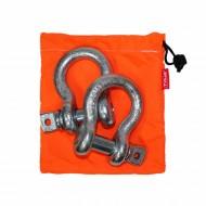 Комплект шаклов Tplus, 4,75 тст12-7фмкаРабочая нагрузка: 4.75 т, для а/м со снаряженной массой от 2.5 до 5 т; шаклы применяются в съёмных связках для присоединения стальных тросов, буксировочных ремней, динамических строп, удлинителей лебедочного троса и корозащитных строп; коэффициент запаса прочности шаклов 1:6