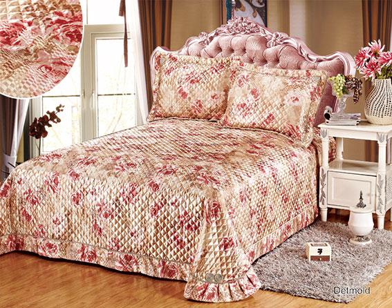 Покрывало Arya Detmold, 250 х 260 смCLP446Покрывало Arya Detmold, изготовленное из 100% полиэстера, прекрасно оформит интерьер спальни или гостиной. Полиэстер - это вид ткани, который состоит из полиэфирных волокон. Ткани из полиэстера - легкие, прочные и износостойкие.Свойства полиэстера:- этот материал не мнется;- легко стирается;- после стирки быстро сохнет;- не растягивается и не садится. Покрывало Arya Detmold не только подарит тепло, но и гармонично впишется в интерьер вашего дома.