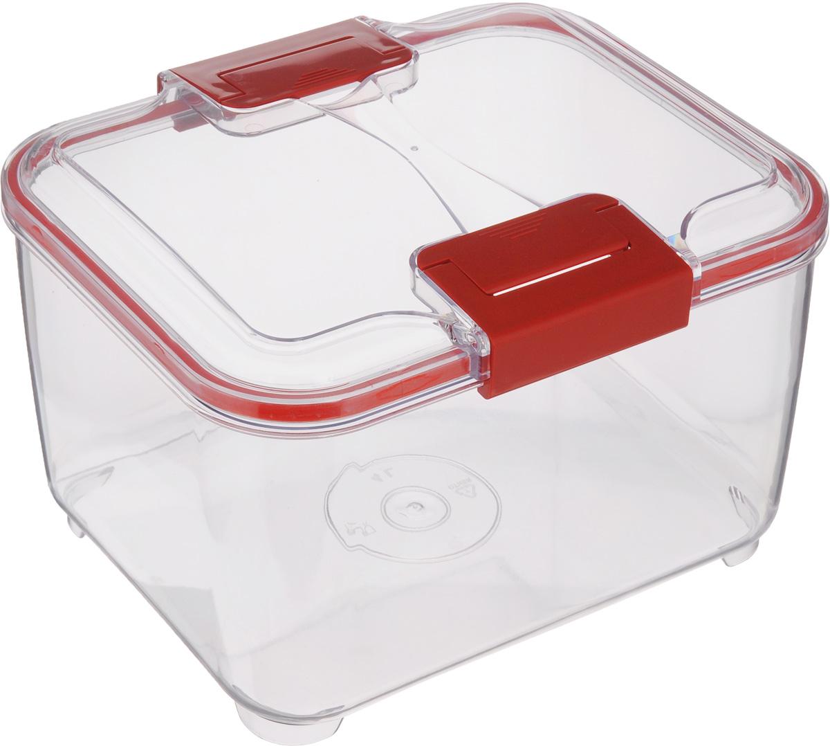 Контейнер Status, цвет: прозрачный, красный, 4 л4630003364517Пищевой контейнер Status изготовлен из высококачественного пищевого пластика. Контейнер безопасен для здоровья, не содержит BPA. Изделие имеет прямоугольную форму и оснащено плотно закрывающейся крышкой. Прозрачные стенки позволяют видеть содержимое. Контейнер закрывается при помощи двух защелок.Можно мыть в посудомоечной машине.Контейнер подходит для использования вморозильной камере и СВЧ.
