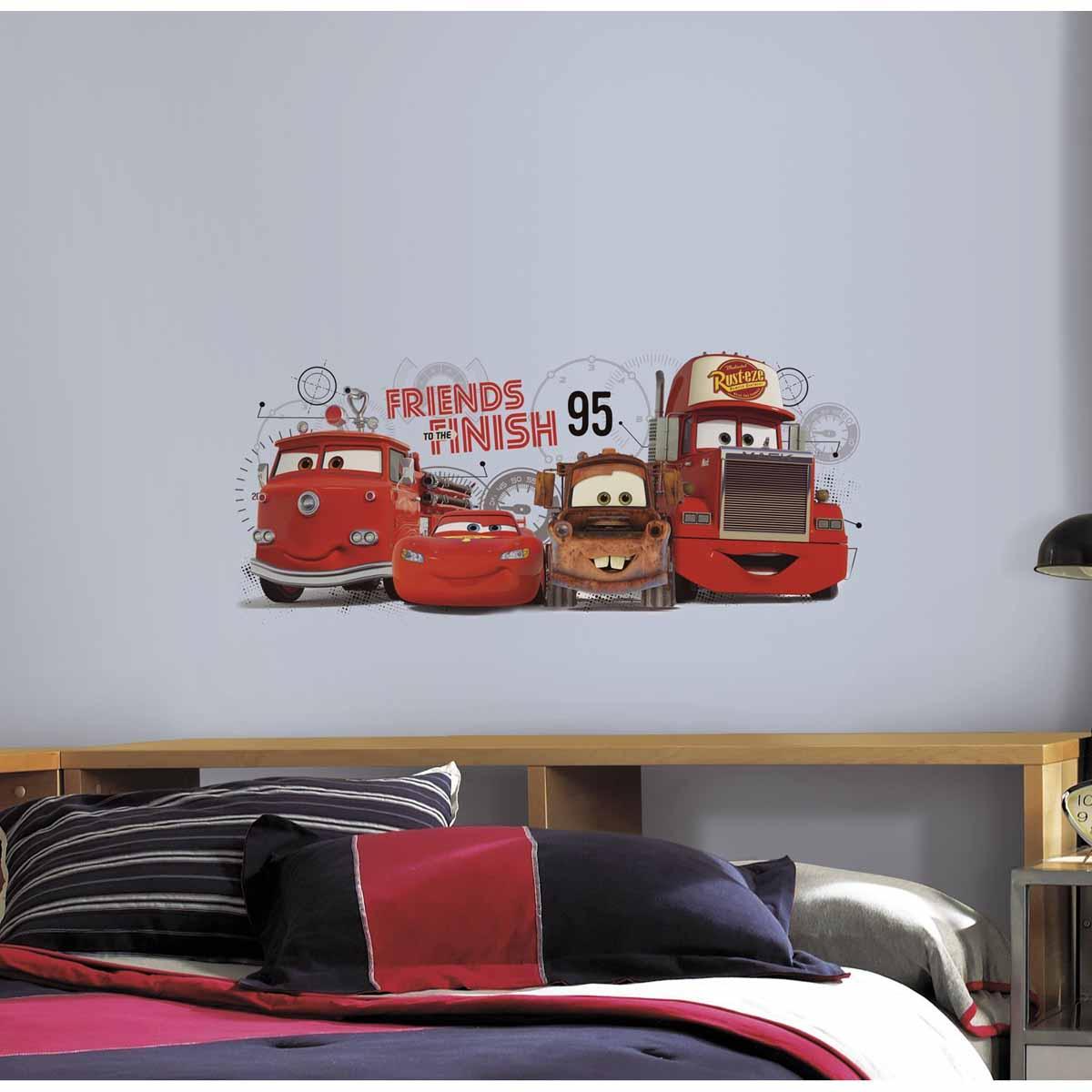 RoomMates Наклейка интерьерная Тачки Друзья навсегда43412Наклейки для декора Тачки. Друзья навсегда от знаменитого производителя RoomMates станут украшением вашей квартиры! Привнесите магию популярного диснеевского мультфильма в комнату вашего ребенка с новым увлекательным набором наклеек для декора! Наклейки, входящие в набор, изображают всеми любимых персонажей знаменитого мультфильма: Молнию МакКуина, Мэтра и друзей.Наклейки не нужно вырезать - их следует просто отсоединить от защитного слоя и поместить на стену или любую другую плоскую гладкую поверхность. Наклейки многоразовые: их легко переклеивать и снимать со стены, они не оставляют липких следов на поверхности.