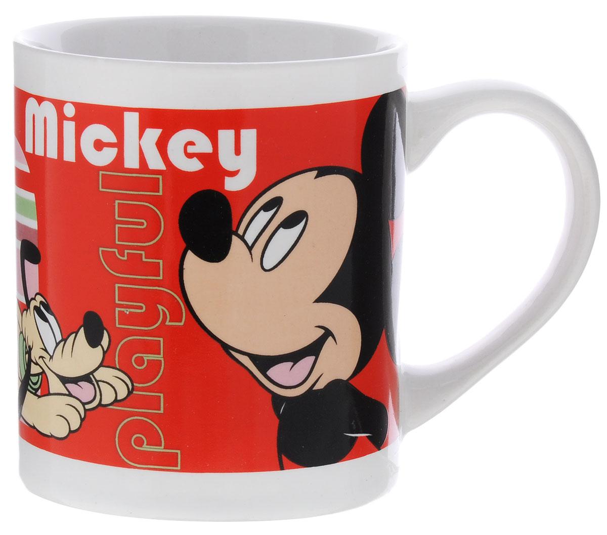 Stor Кружка детская Микки Маус 220 мл290102Детская кружка Stor Микки Маус из серии Stor Disney с любимым героем станет отличным подарком для вашего ребенка. Она выполнена из керамики и оформлена изображением Микки Мауса. Кружка дополнена удобной ручкой. Такой подарок станет не только приятным, но и практичным сувениром: кружка будет незаменимым атрибутом чаепития, а оригинальное оформление кружки добавит ярких эмоций и хорошего настроения.Можно использовать в СВЧ-печи и посудомоечной машине.