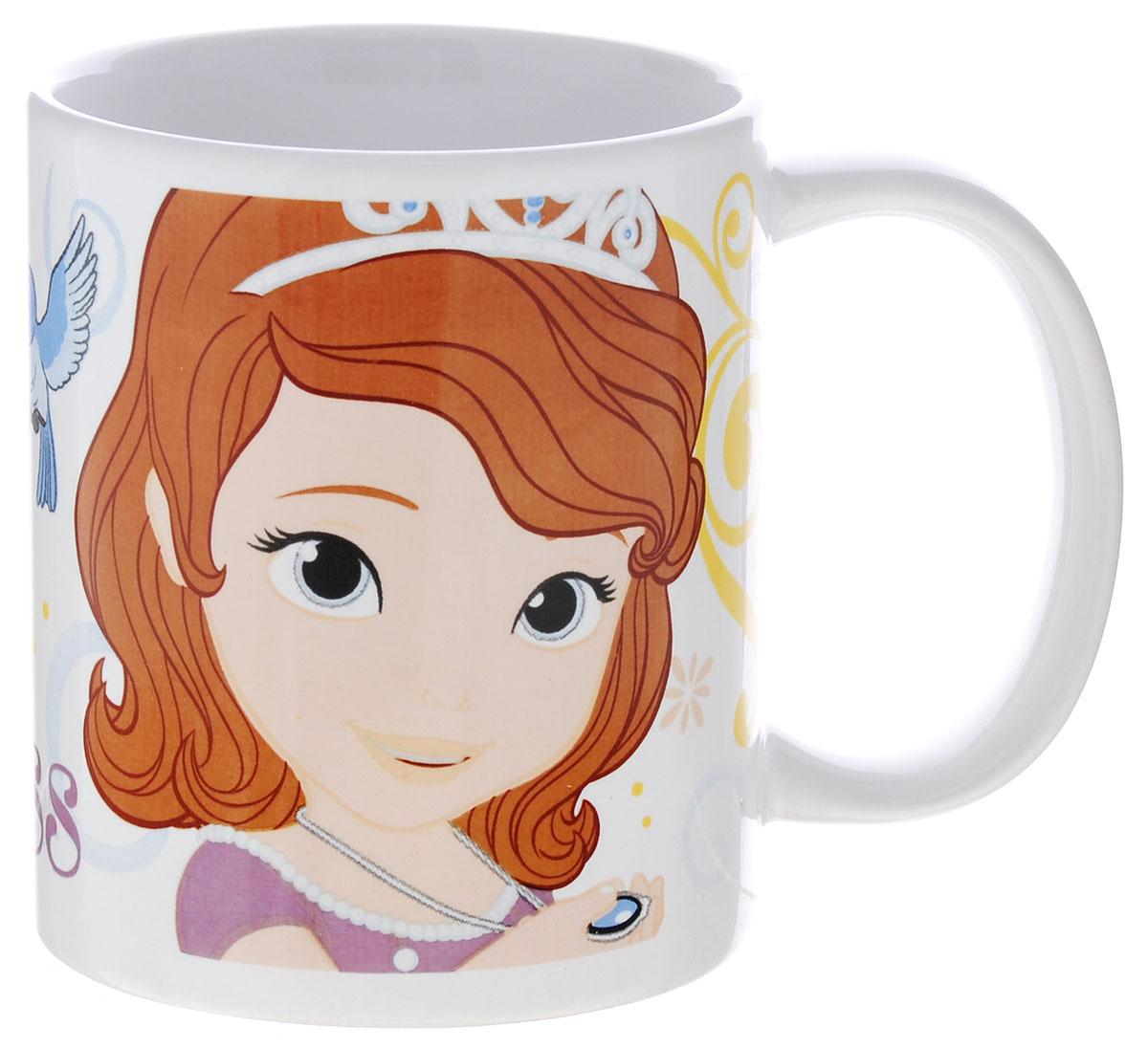 Stor Кружка детская Принцесса София Прекрасная 325 мл54 009312Детская кружка Stor Принцесса София Прекрасная из серии Stor Disney Princess с любимой героиней станет отличным подарком для вашей малышки. Она выполнена из керамики и оформлена изображением принцессы Софии. Кружка дополнена удобной ручкой. Такой подарок станет не только приятным, но и практичным сувениром: кружка будет незаменимым атрибутом чаепития, а оригинальное оформление кружки добавит ярких эмоций и хорошего настроения.Можно использовать в СВЧ-печи и посудомоечной машине.