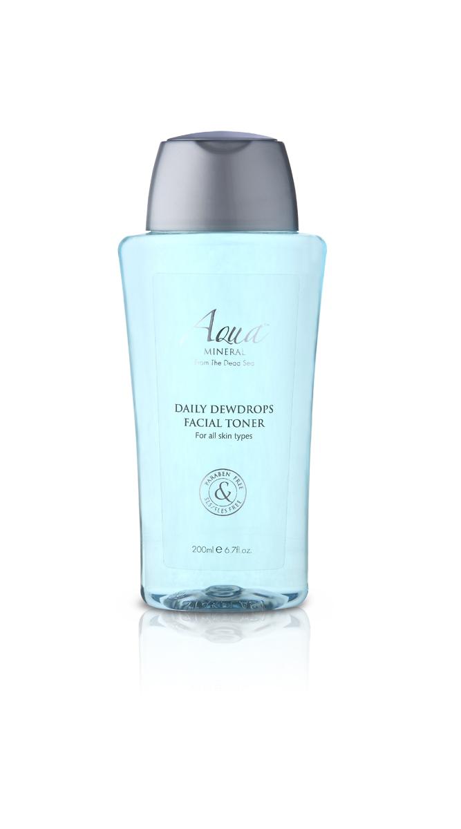 Aqua mineral Тоник для лица 200 млFS-00897Это отшелушивающее средство, обогащенное экстрактами ромашки и алоэ вера, минералами Мертвого моря деликатно, но интенсивно очищает кожу и поры от загрязнений и остатка макияжа, придавая ей свежий и здоровый вид. Благодаря содержанию масел сладкого миндаля и авокадо обеспечивает коже глубокое увлажнение и питание. Экстракт граната и витамин А являются натуральными антиоксидантами и естественными увлажняющими компонентами. Для всех типов кожи.