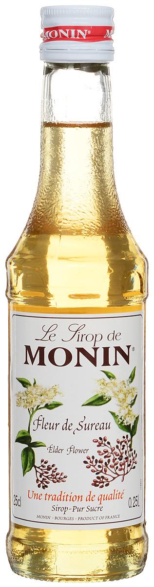 Monin Бузина сироп, 0.25 л0120710Сильный цветочный аромат сиропа Monin Бузина позволит вам создавать блюда, горячие и прохладительные напитки, а также коктейли, которые не оставят равнодушными и удивят ваших гостей. Сироп имеет сильный цветочный запах с медовыми примечаниями, а также терпкий и пикантный вкус. Отлично сочетается с чаем, сидром или коктейлем.Сиропы Monin выпускает одноименная французская марка, которая известна как лидирующий производитель алкогольных и безалкогольных сиропов в мире. В 1912 году во французском городке Бурже девятнадцатилетний предприниматель Джордж Монин основал собственную компанию, которая специализировалась на производстве вин, ликеров и сиропов. Место для завода было выбрано не случайно: город Бурже находился в непосредственной близости от крупных сельскохозяйственных районов — главных поставщиков свежих ягод и фруктов. Производство сиропов стало ключевым направлением деятельности компании Monin только в 1945 году, когда пост главы предприятия занял потомок основателя — Пол Монин. Именно под его руководством ассортимент марки пополнился разнообразными сиропами из натуральных ингредиентов, которые молниеносно заслужили блестящую репутацию в кругу поклонников кофейных напитков и коктейлей. По сей день высокое качество остается базовым принципом деятельности французской марки. Сиропы Monin создаются исключительно из натуральных ингредиентов по уникальным технологиям, позволяющим сохранять в готовом продукте все полезные свойства природного сырья.Эксперты всего мира сходятся во мнении, что сиропы Monin — это законодатели мод в миксологии. Ассортимент французской марки на сегодняшний день является самым широким и насчитывает полторы сотни уникальных вкусовых решений. В каталоге компании можно найти как классические вкусы для кофейных напитков (шоколадный, ванильный, ореховый и другие сиропы), так и весьма экзотические варианты (сиропы со вкусом кокоса, зеленой мяты, тирамису, блю курасао, аниса, грейпфрута, пина колады и другие).