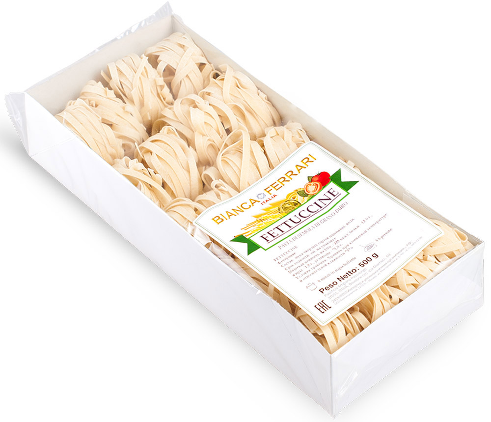 Bianca Ferrari Феттучине, 500 г0120710Bianca Ferrari Феттучине - разновидность итальянской пасты, приготовленной по классическому рецепту на основе муки из твердых сортов пшеницы. Феттучине такие тонкие и воздушные, что их можно съесть много, не почувствовав тяжести на желудке и лишних килограммов на весах, ведь их готовят только из натуральных продуктов, по выверенной годами рецептуре, исключительно из твердых сортов пшеницы.