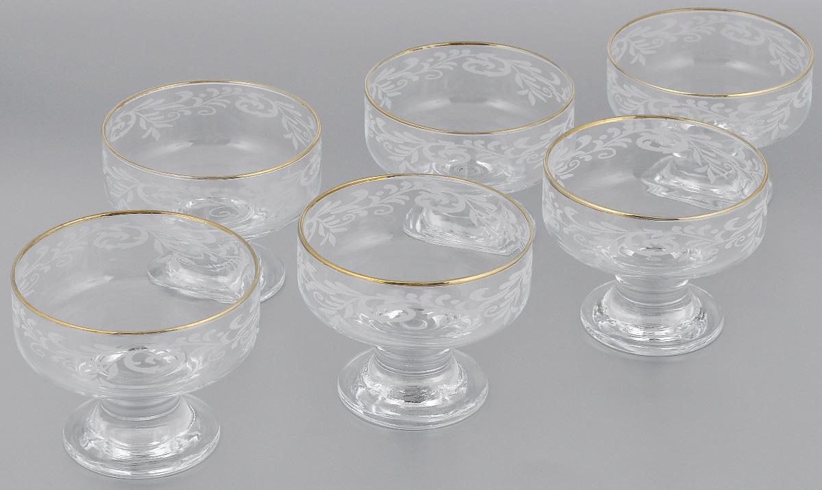 Набор креманок Гусь-Хрустальный Веточка, диаметр 10 см, 6 шт104304Набор Гусь-Хрустальный Веточка состоит из 6 креманок на ножке, изготовленных из высококачественного натрий-кальций-силикатного стекла. Изделия оформлены красивым золотисто-зеркальным покрытием и белым матовым орнаментом. Креманки прекрасно подойдут для подачи десертов и мороженого. Такой набор прекрасно дополнит праздничный стол и станет желанным подарком в любом доме. Можно мыть в посудомоечной машине. Диаметр креманки (по верхнему краю): 10 см. Высота стенки креманки: 3,5 см.Высота ножки креманки: 4,5 см.