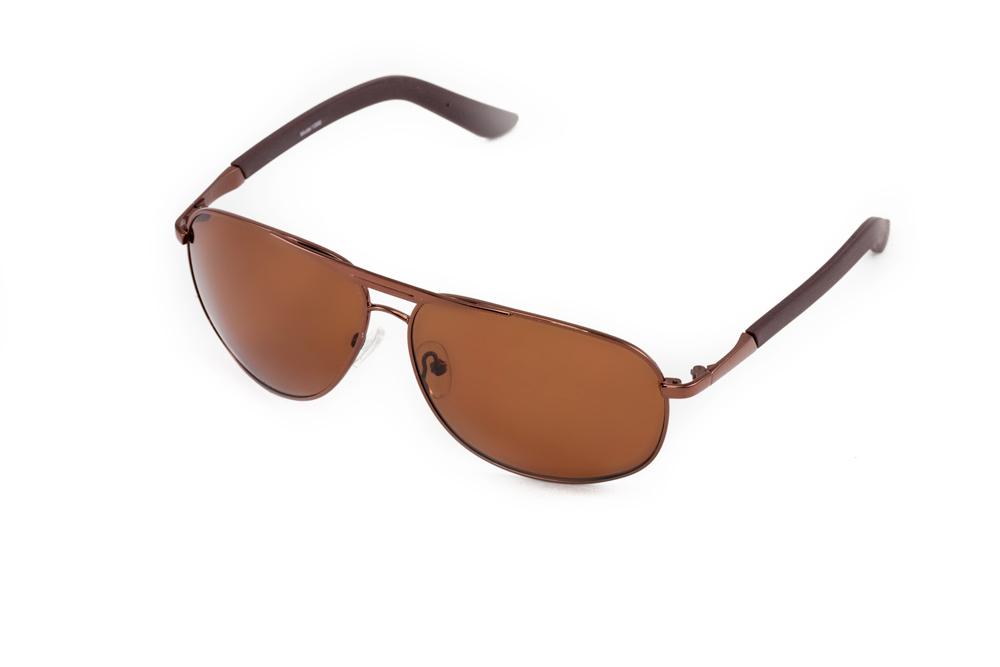 Очки солнцезащитные Mitya Veselkov, цвет: коричневый. MSK-1306INT-06501Стильные солнцезащитные очки Mitya Veselkov выполнены из металла и высококачественного пластика.Линзы очков обладают поляризационным покрытием, которое обеспечивает зрительный комфорт. Используемый пластик не искажает изображение, не подвержен нагреванию и вредному воздействию солнечных лучей. Оправа очков легкая, прилегающей формы, дополнена носоупорами и поэтому обеспечивает максимальный комфорт.Такие очки защитят глаза от ультрафиолетовых лучей, подчеркнут вашу индивидуальность и сделают ваш образ завершенным.
