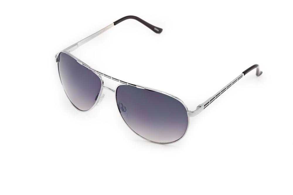 Mitya Veselkov Очки солнцезащитные MSK-1706-2BM8434-58AEПрекрасные антибликовые очки Mitya Veselkov, станут прекрасным и стильным аксессуаром для вас и защитят от УФ лучей. Они помогут глазу более четко распознать картинку, засвеченную солнечными лучами, при этом скорректируют все возникшие искажения.