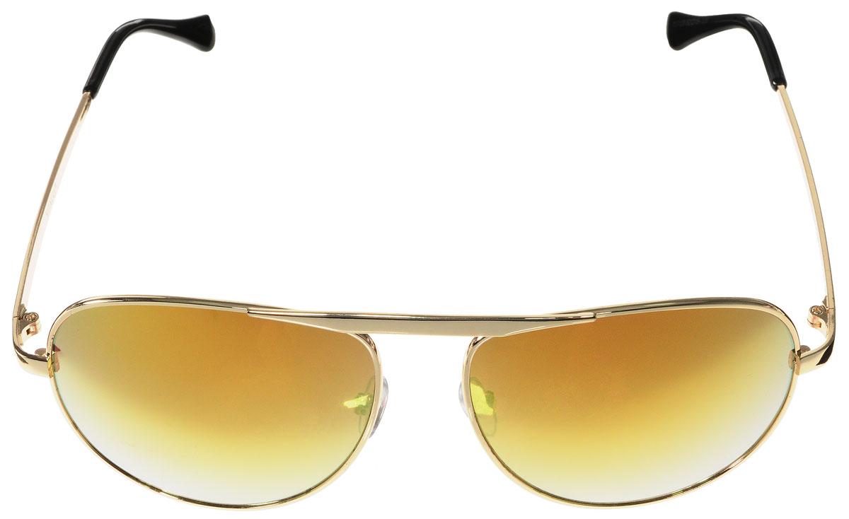 Очки солнцезащитные женские Vitacci, цвет: золотой, черный. H22BM8434-58AEСтильные солнцезащитные очки Vitacci выполнены из металла с элементами из высококачественного пластика.Линзы данных очков обладают высокоэффективным поляризационным покрытием со степенью защиты от ультрафиолетового излучения UV400. Используемый пластик не искажает изображение, не подвержен нагреванию и вредному воздействию солнечных лучей. Оправа очков легкая, прилегающей формы, дополнена носоупорами и поэтому обеспечивает максимальный комфорт.Такие очки защитят глаза от ультрафиолетовых лучей, подчеркнут вашу индивидуальность и сделают ваш образ завершенным.