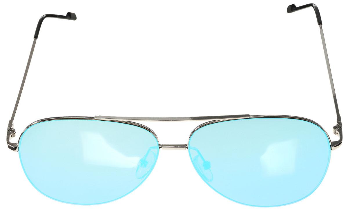 Очки солнцезащитные женские Vitacci, цвет: серебряный, черный. O184BM8434-58AEСтильные солнцезащитные очки Vitacci выполнены из металла с элементами из высококачественного пластика.Линзы данных очков обладают высокоэффективным поляризационным покрытием со степенью защиты от ультрафиолетового излучения UV400. Используемый пластик не искажает изображение, не подвержен нагреванию и вредному воздействию солнечных лучей. Оправа очков легкая, прилегающей формы, дополнена носоупорами и поэтому обеспечивает максимальный комфорт.Такие очки защитят глаза от ультрафиолетовых лучей, подчеркнут вашу индивидуальность и сделают ваш образ завершенным.