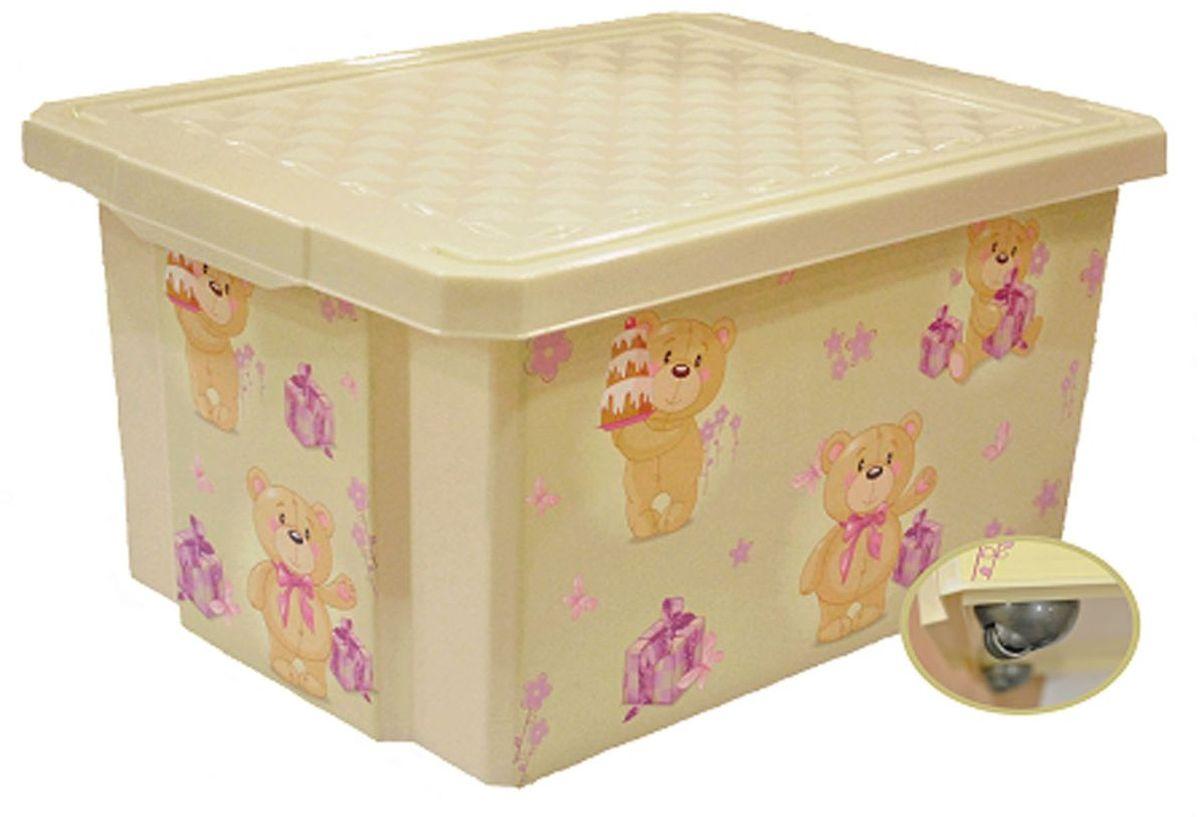 Детский ящик для хранения игрушек декорирован с помощью технологии IML, которая придает ему не только привлекательный дизайн, но и дополнительную прочность и износоустойчивость. Декор ящика можно мыть без опасения испортить рисунок. Прочный каркас ящика позволяет хранить как легкие вещи, так и более тяжелый груз. Оснащен роликами для удобства перемещения.