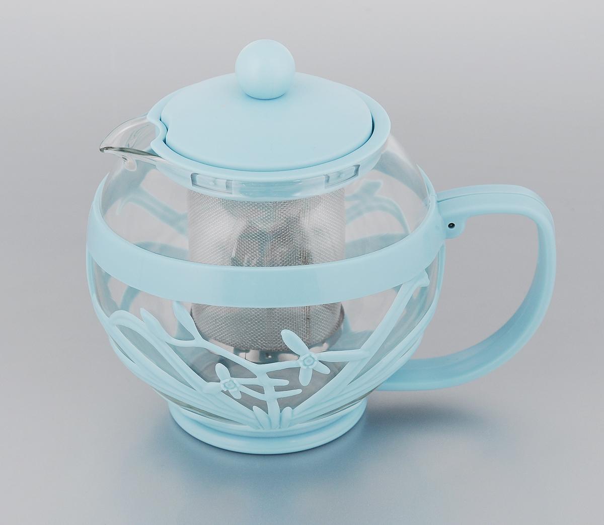 Чайник заварочный Menu Мелисса, с фильтром, цвет: прозрачный, голубой, 750 мл391602Чайник Menu Мелисса изготовлен из прочного стекла и пластика. Он прекрасно подойдет для заваривания чая и травяных напитков. Классический стиль и оптимальный объем делают его удобным и оригинальным аксессуаром. Изделие имеет удлиненный металлический фильтр, который обеспечивает высокое качество фильтрации напитка и позволяет заварить чай даже при небольшом уровне воды. Ручка чайника не нагревается и обеспечивает безопасность использования. Нельзя мыть в посудомоечной машине. Диаметр чайника (по верхнему краю): 8 см.Высота чайника (без учета крышки): 11 см.Размер фильтра: 6 х 6 х 7,2 см.
