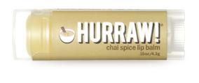 Hurraw! Бальзам для губ Chai Spice Lip Balm, 4,3 г61409Бальзамы для губ Hurraw! производятся в США на небольшом домашнем производстве.Идея создателей бренда заключалась в том, чтобы разработать поистине идеальный бальзам для губ: натуральный, вегетарианский, произведенный из органических ингредиентов высочайшего качества и не содержащий вредных веществ и искусственных компонентов.Все бальзамы Hurraw! производятся из чистого органического масла, которое добывается путем холодного отжима, что позволяет всем веществам сохранять свои полезные свойства.Помимо этого, приятно знать, что продукция марки Hurraw! не содержит ингредиентов животного происхождения и никогда не тестируется на животных.А еще бальзамы разливаются по флакончикам вручную!