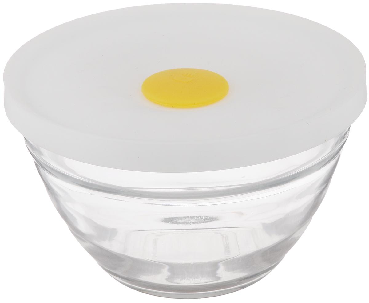Чаша для СВЧ Glasslock, 330 млVP 159300Чаша Glasslock, выполненная из стекла, предназначена для использования в микроволновой печи, а также она подходит для хранения в холодильнике и морозильной камере. Изделие плотно и герметично закрывается силиконовой крышкой, что позволяет продуктам дольше оставаться свежими, сохранять аромат и вкус. Благодаря прозрачным стенкам, можно видеть содержимое. Такая чаша подходит для повседневного использования. Также в ней можно приготовить салаты. Приятный дизайн подойдет практически для любого случая.Можно мыть в посудомоечной машине. Не использовать в духовке.Объем чаши: 330 мл.Размер чаши: 13,5 х 13,5 х 8,5 см.