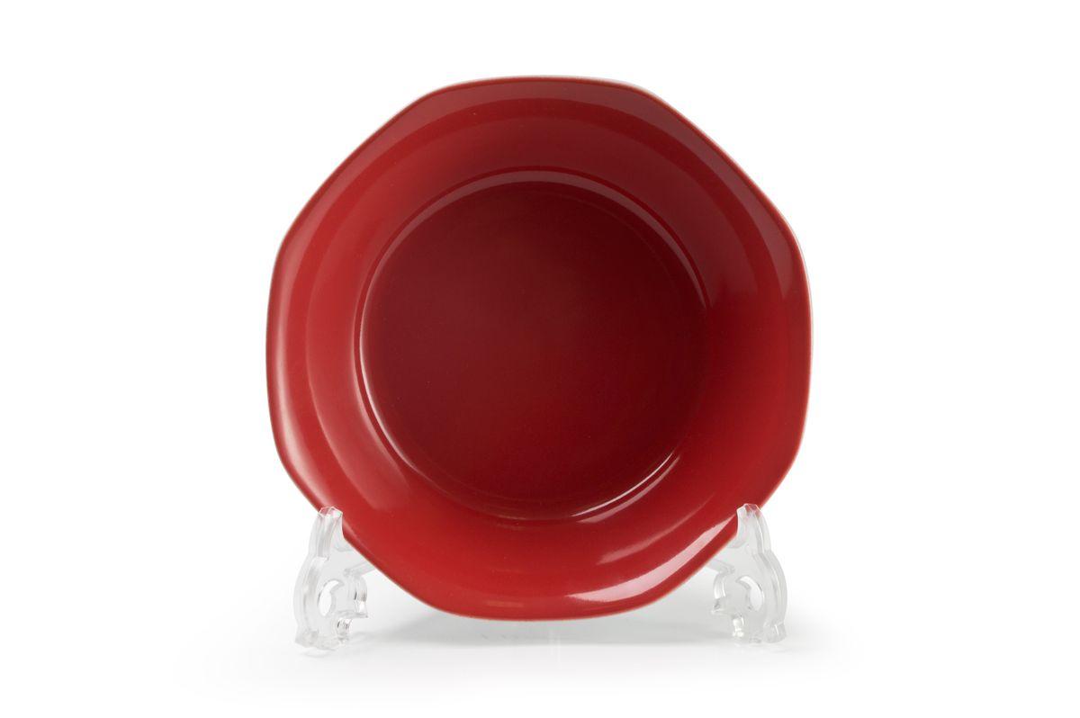 Салатник La Rose des Sables Putoisage Rouge, диаметр 18 смVT-1520(SR)Салатник La Rose des Sables Putoisage Rouge выполнен из высококачественного тунисского фарфора, изготовленного из уникальной белой глины. На всех изделиях La Rose des Sables можно увидеть маркировку Pate de Limoges. Это означает, что сырье для изготовления фарфора добывают во французской провинции Лимож, и качество соответствует высоким европейским стандартам. Все производство расположено в Тунисе. Особые свойства этой глины, открытые еще в 18 веке, позволяют создать удивительно тонкую, легкую и при этом прочную посуду. Благодаря двойному термическому обжигу фарфор обладает высокой ударопрочностью, стойкостью к сколам и трещинам, жаропрочностью и великолепным блеском глазури. Коллекция Putoisage Rouge - яркий пример посуды в современном дизайне. Стильное сочетание лаконичной формы и красного цвета делает посуду уникальной. Стол, сервированный посудой Putoisage Noir, будет выглядеть изящно и приковывать к себе взгляды. Можно использовать в СВЧ печи и мыть в посудомоечной машине.