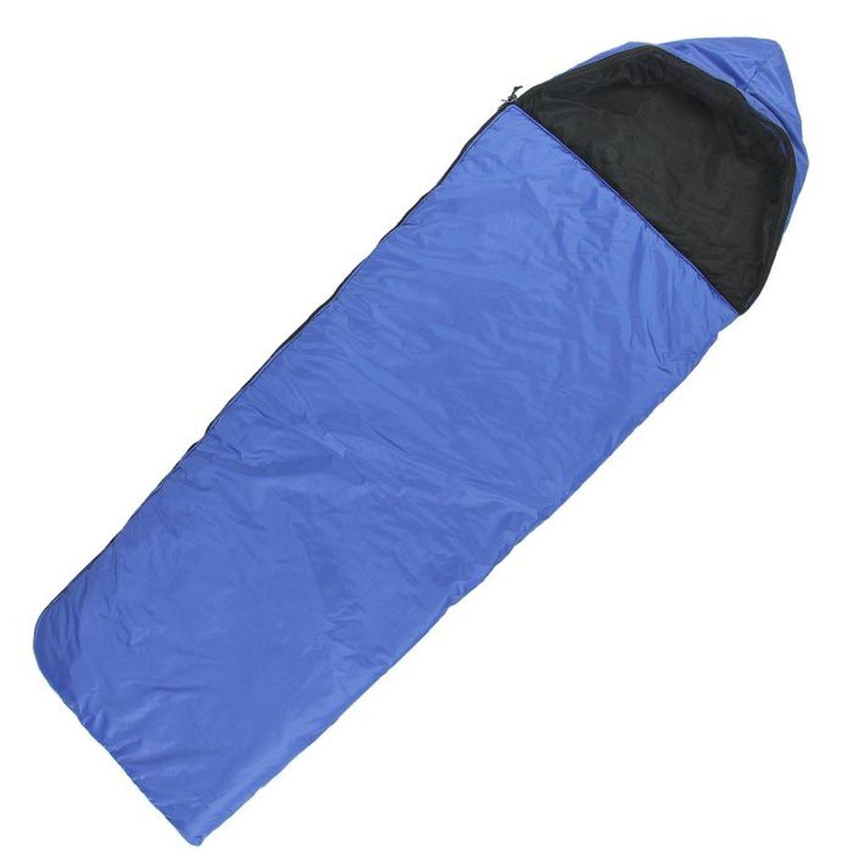 Мешок спальный Onlitop Люкс, цвет: синий, правосторонняя молния. 11359901135990Комфортный, просторный и очень теплый 3-х сезонный спальник предназначен Onlitop Люкс для походов и для отдыха на природе не только в летнее время, но и в прохладные дни весенне-осеннего периода. В теплое время спальный мешок можно использовать как одеяло (в том числе и дома).Мешок имеет теплый воротник и москитную сетку.Материал внешней ткани: Полиэстер (Oxford 200D WR PU 1000 мм).Материал внутренней ткани: Хлопок.Вес: 1.2 кг.Размеры: 225 х 70 см.Размеры в свернутом виде: 42 x 23 см.