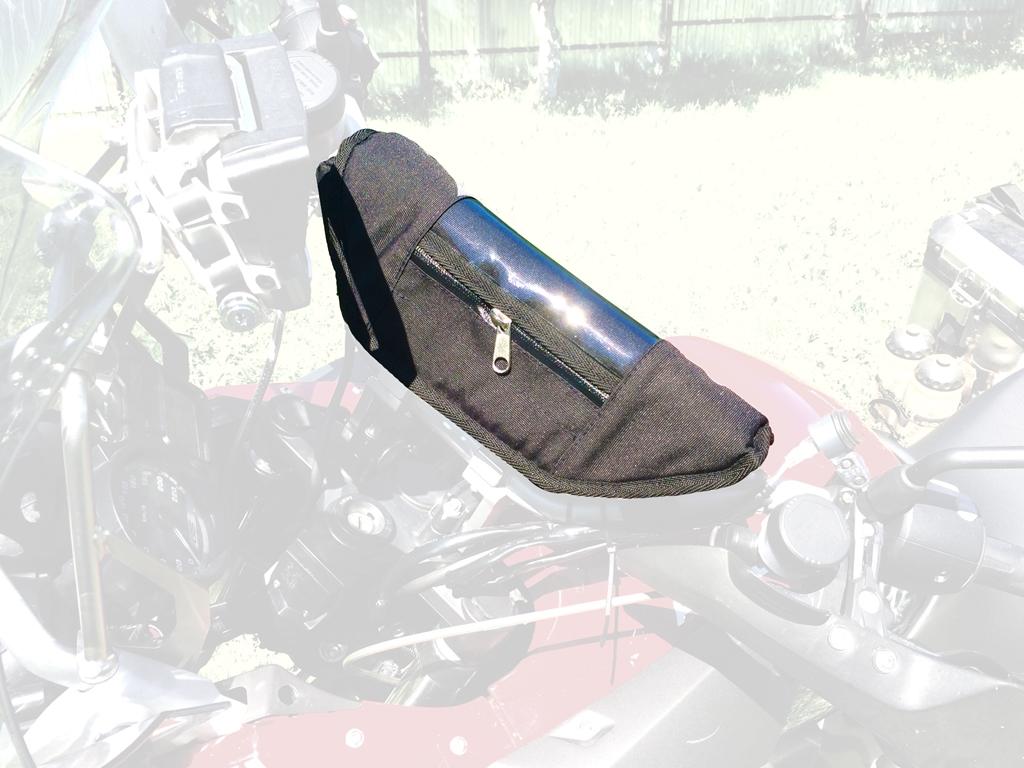Сумка AG-brand на руль BMW, цвет: черныйPANTERA SPX-2RSУдобная сумка AG-brand на руль BMW - это незаменимая вещь для хранения мелочей (телефон, ключи, ручки, навигатор и другое). Модель крепится на руль при помощи липучки и стропы. Прозрачный карман на крышке сумки позволяет пользоваться навигатором во время поездки не вынимая его. Материал сумки - оксфорд 600, стенки усилены антиударными вставками из полимерного листа 10 мм. Застегивается модель на влагонепроницаемую молнию. Внутри сумки одно большое отделение, карман на молнии и кармашки для ручек, визиток.