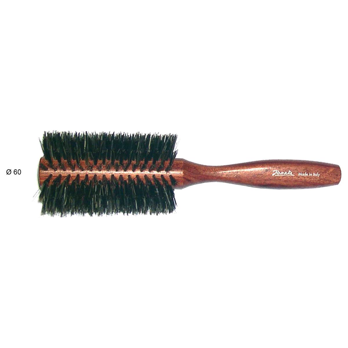 Janeke Щетка для укладки с натуральной щетиной, дерево, D60, SP84K.MP59.4DМарка Janeke – мировой лидер по производству расчесок, щеток, маникюрных принадлежностей, зеркал и косметичек. Марка Janeke, основанная в 1830 году, вот уже почти 180 лет поддерживает непревзойденное качество своей продукции, сочетая новейшие технологии с традициями старых миланских мастеров. Все изделия на 80% производятся вручную, а инновационные технологии и современные материалы делают продукцию марки поистине уникальной. Стильный и эргономичный дизайн, яркие цветовые решения – все это приносит истинное удовольствие от использования аксессуаров Janeke Когда выбор падает на простоту и натуральность материалов, идеально походит деревянная линия Janeke. Расчески-гребни ручной работы имеют закругленные концы, что позволяет не травмировать кожу головы. Широкий выбор массажных щеток из натурального ворса или смешанного с пластмассовой щетиной. Продукция из бука, произрастающего в странах Европы, Америки и Японии. Будучи полностью натуральные продукты являются экологически-устойчивыми для сохранения планеты.
