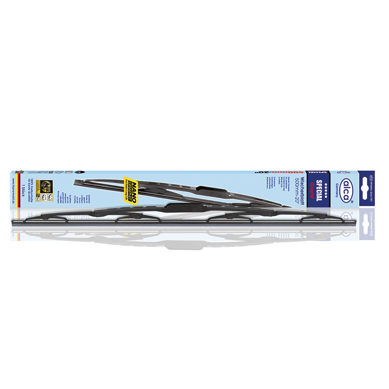 Щетка стеклоочистителя Alca Special, специальная, каркасная, 43 см, 1 шт96515412Специальная щетка стеклоочистителя Alca Special предназначена для использования в легковых машинах и микроавтобусах. Может применяться в любой сезон. Оцинкованный сплошной стальной каркас обеспечивает долгий срок эксплуатации. Резиновые элементы выполнены из 100% натурального каучука.Адаптеры в комплекте.
