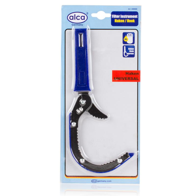 Съемник масляного фильтра Alca, серповидныйКТ 700748Серповидный съемник масляного фильтра Alca - это специальный ключ для масляного фильтра. Подходит для всех обыкновенных масляных фильтров, даже при очень прочном завинчивании. Ключ выполнен в форме серпа, имеет удобную ручку. Выполнен из прочных материалов, что не позволит ему заржаветь или внезапно сломаться. Снабжен автоматической регулировкой по размеру. Универсальный форм-фактор модели позволит вам пользоваться одним ключом для решения самых различных задач по ремонту двигателей, замене масла и многому другому. Ключ для масляного фильтра - это одна из необходимых вещей в наборе инструментов любого автолюбителя, который хоть раз в жизни сталкивался с проблемой срочного ремонта автомобиля.