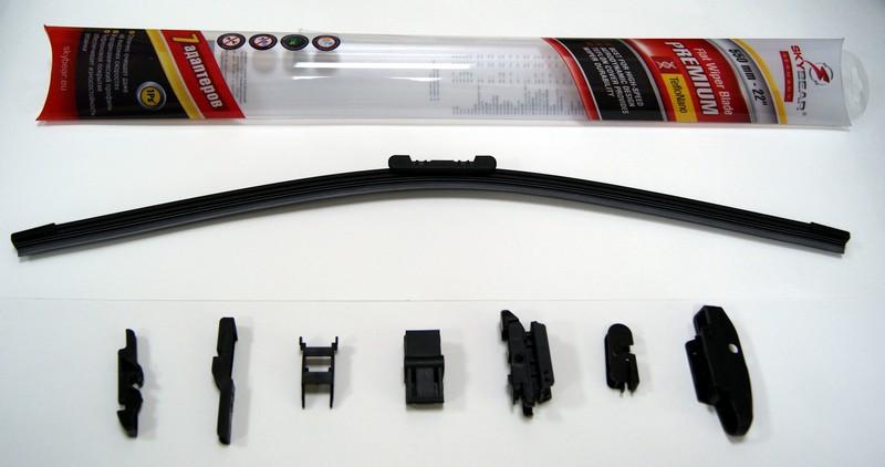 Щетка стеклоочистителя Skybear Premium, бескаркасная, 56 см, 1 штS03301004Бескаркасная щетка стеклоочистителя Skybear Premium прекрасно очищает в любую погоду. Тефлоновое покрытие обеспечивает превосходную очистку и увеличивает срок эксплуатации. Щетка обладает аэродинамическим дизайном. Подходит к 95% автомобилей.В комплект входят 7 адаптеров.