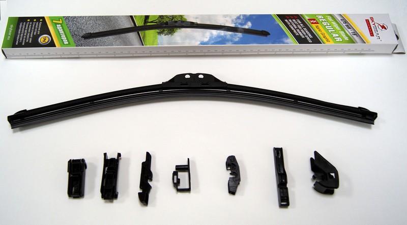 Щетка стеклоочистителя Skybear Regular, бескаркасная, 48 см, 1 штS03301004Бескаркасная щетка стеклоочистителя Skybear Regular прекрасно очищает в любую погоду. Резинка выполнена на основе натурального каучука. Щетка имеет аэродинамический дизайн. Подходит к 95% автомобилей.В комплекте 7 адаптеров.